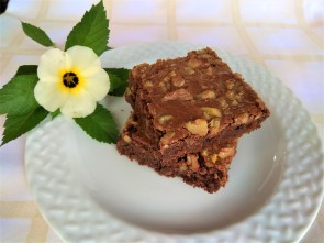 BROWNIE NUT2